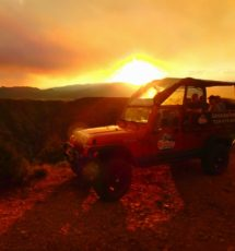 guests enjoying sunset during Colorado Jeep Tour